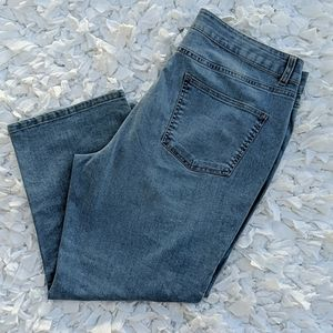 *Talbots Simply Flattering 5 Pocket Cropped Jeans